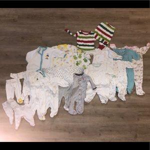 18 piece newborn-3 month sleep lot; unisex!